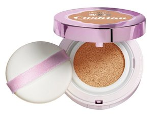 Тональная осонова Nude Magique Cushion L'Oreal Paris