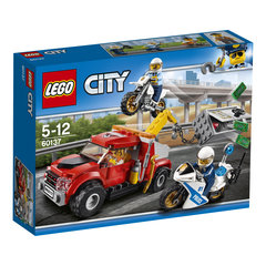 60137 LEGO® CITY Tow Truck Trouble
